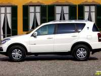 rexton-w-by-ssangyong-201318