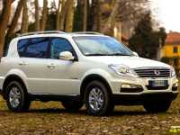 rexton-w-by-ssangyong-201327