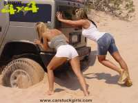 top_girls_mud_4x4_18