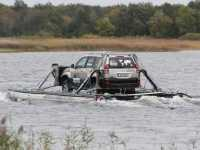amphibear_boat-navigazione-toyotalande-cruiser