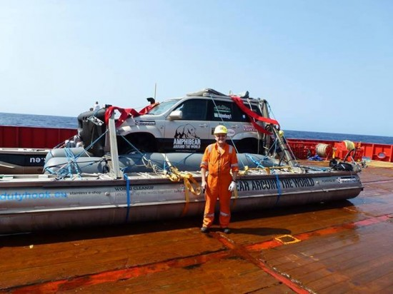 toyota-anfibio-mondo-sos-amphibear-cargo1