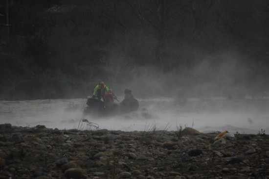 soccorso-elicottero-fuoristrada-fiume-1