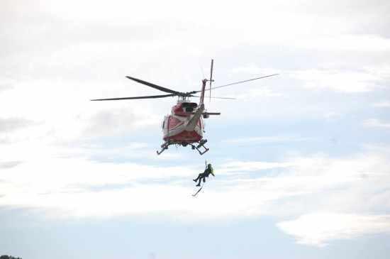 soccorso-elicottero-fuoristrada-fiume-2
