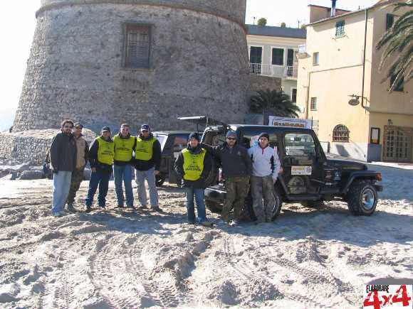 4WD Promotion staff