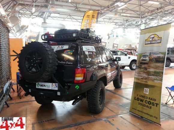 Jeep-M2 Custom Car llc-posteriore