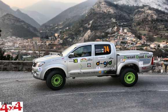 Toyota Hilux diesel-metano con sistema d-gid a Montecarlo