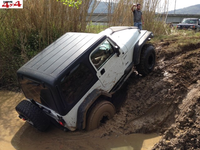 fossato-jeep-ceprano-2014