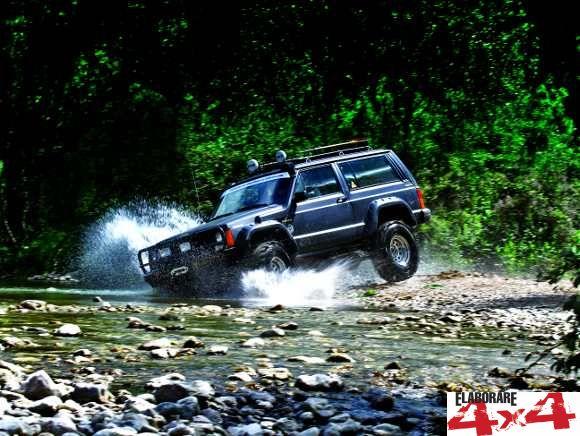 Jeep Cherokee 4.0 - Elaborare 4x4 Luglio-Agosto 2014