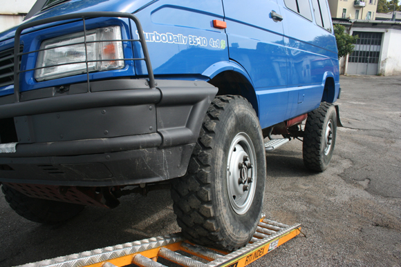 Distanziali per Iveco Daily 4x4 by Distanziali.it