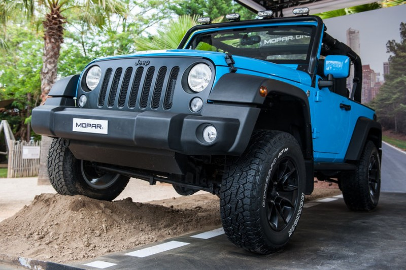 jeep-wrangler-kit-mopar-one-pack-saint-tropez-4