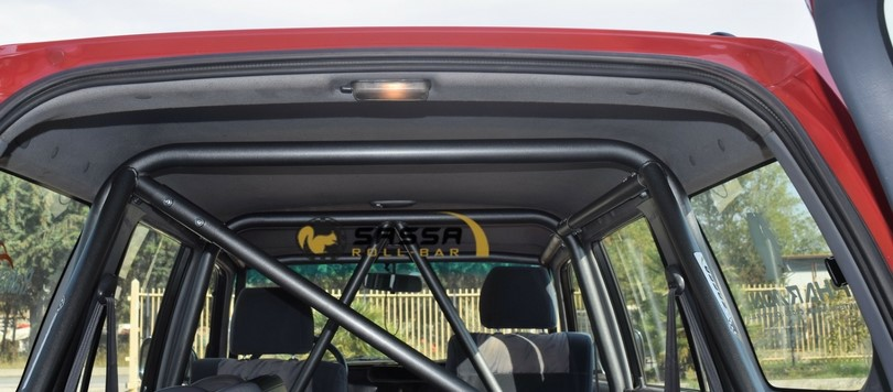 Photo of Sassa Roll-bar al 4×4 Fest di Carrara con la Range Rover di Elaborare 4×4